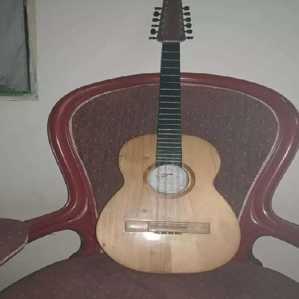 Requinto colombiano