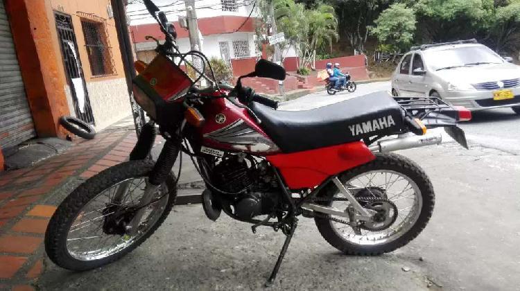 Se vende yamaha dt 100 modelo 98