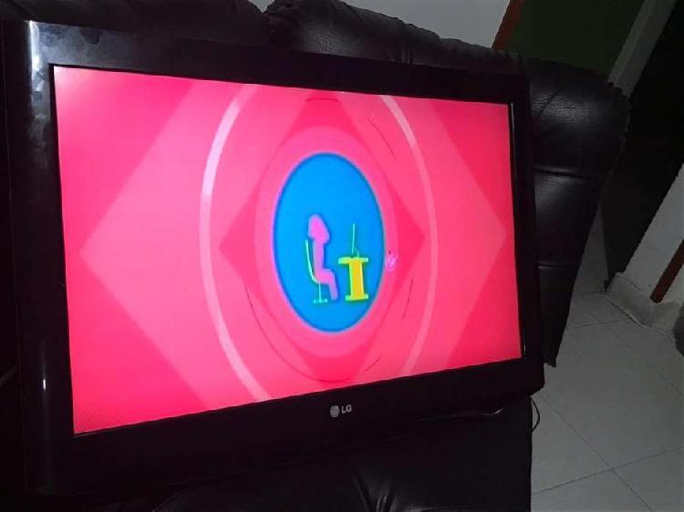 Vendo tv lg led de 32 pg no es esmrtvprecio negociable