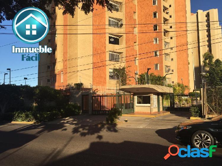 Residencia pontevedra de en la av 3f con calle # 67 (cecilia acosta)