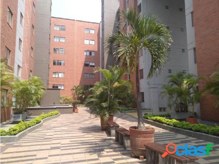Alquilo apartamento en envigado 82 m2