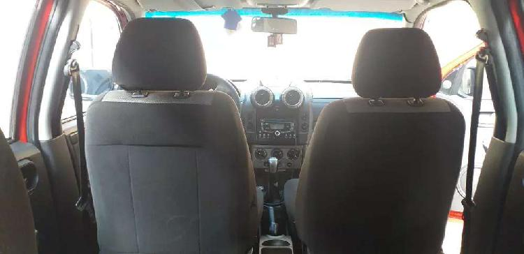 Camioneta ford ecosport 4 x 4 exelente estado