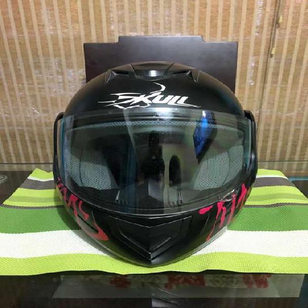Casco moto y gafas deportivas marca totto