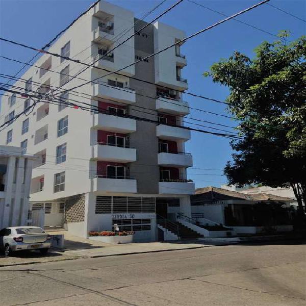 Moderno apartaestudio frente a parque eugenio macias11