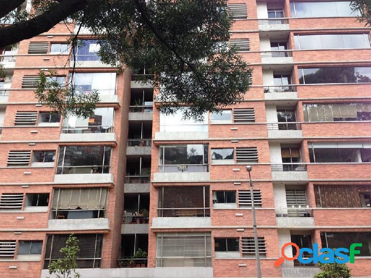 Alquiler apartamento amoblado chico norte 167 mts