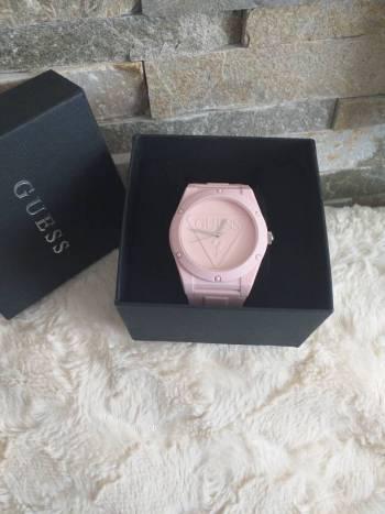 Hermoso reloj guess nuevo
