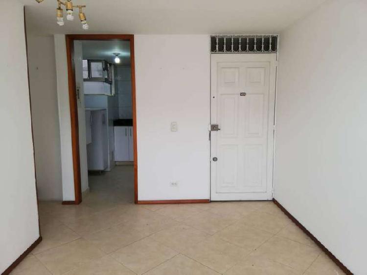 Apartamento + deposito + parqueadero cubierto