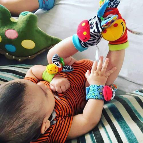 Medias y manillas sonajero para bebé