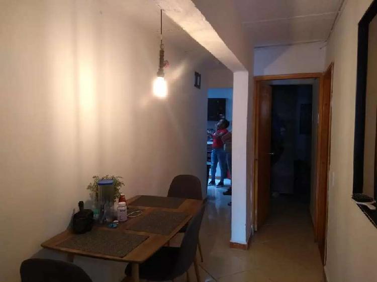 Casa en venta segundo piso entre barrio nuevo y cabañas