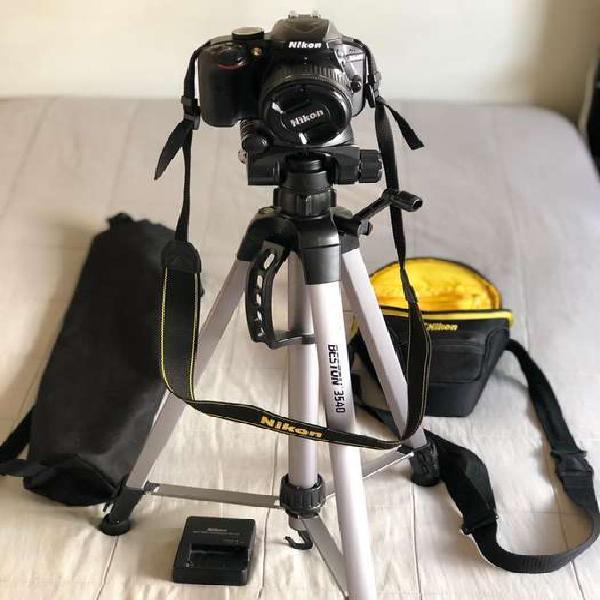 Nikon d3400 intacta con todo obsequio sd y tripode