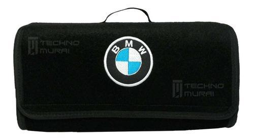 Maletin kit carretera con bordado de punto marca bmw