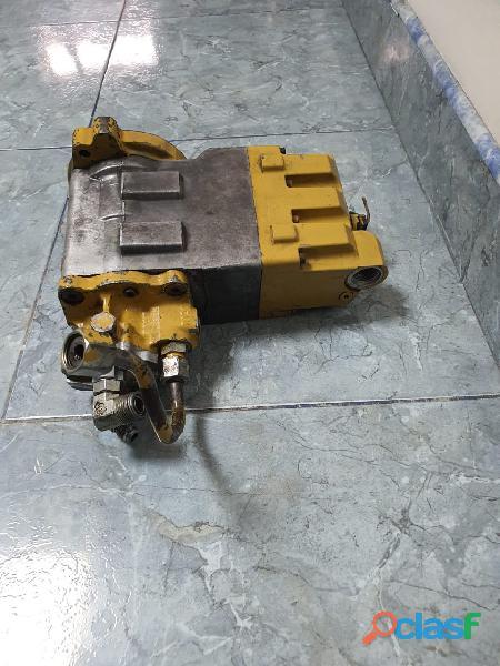 Bomba de inyección para motor caterpillar c7 y c9 usada