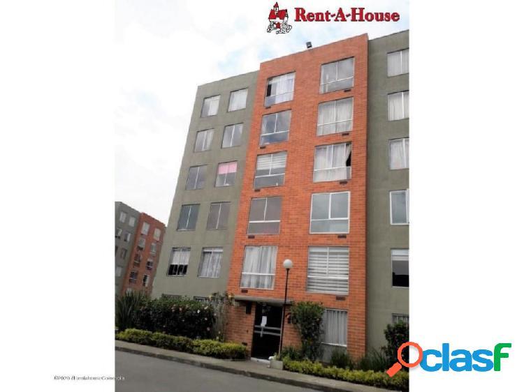 Apartamento en hayuelos(bogota) rah co: 20-1205