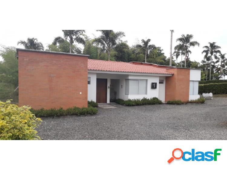 Casa campestre en condominio, sector cerritos