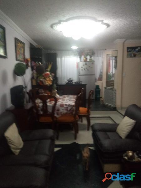 Vendo hermosa casa en madrid Cundinamrca