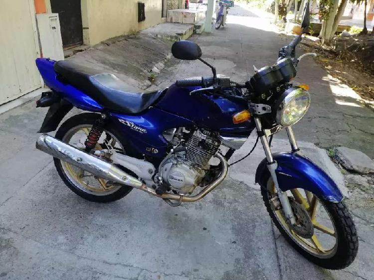 Honda cb 125 2010