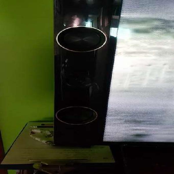 Tv panasonic 42 pulgadas con audio estéreo integrado
