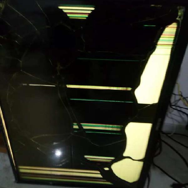 Televisor challenger pantalla rota