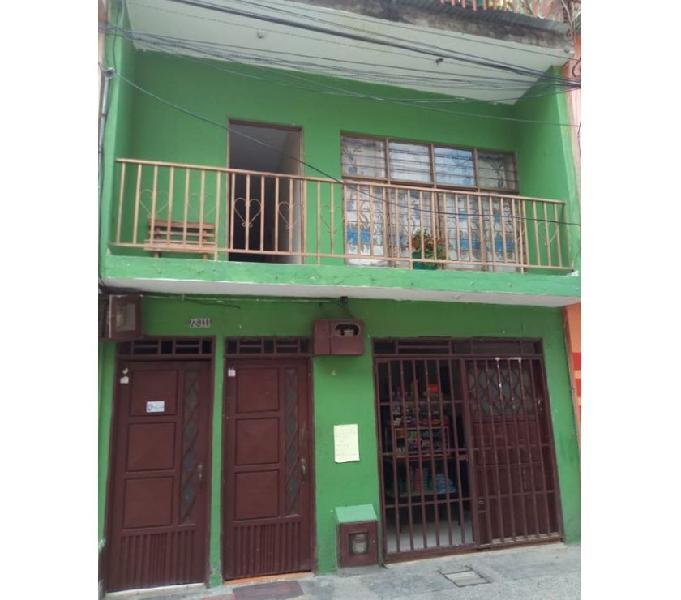 Vende casa pisos indeptes b poblado 1