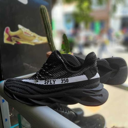 Zapato hombre deportivos suela ultra liviana, tennis yeezy