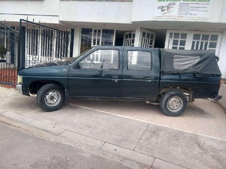 Vendo camioneta doble cabina 1994 nissan d21