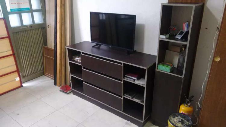 Vendo mueble para televisión color wengue con cajonero