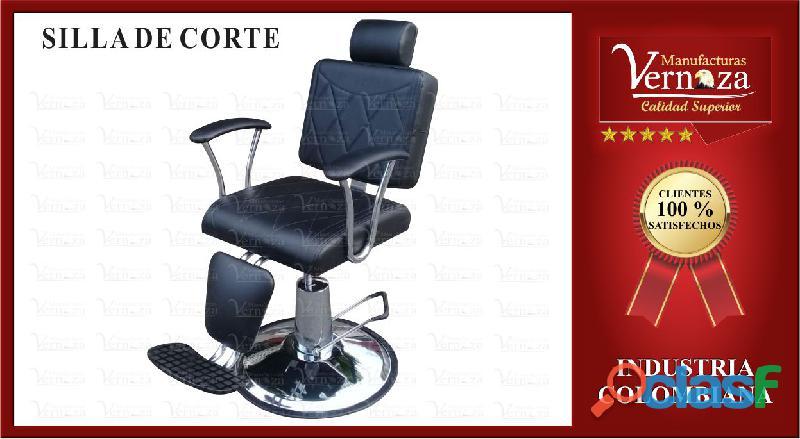 Distinguida silla de corte en un elegante color negro