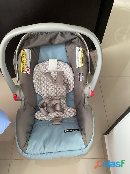 Silla de carro para proteger la vida de tu bebé cuando sales con el 1