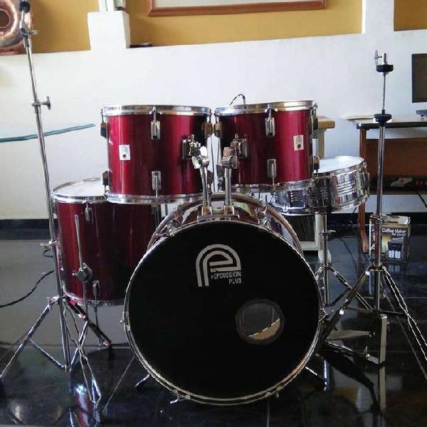 Bateria percussion plus