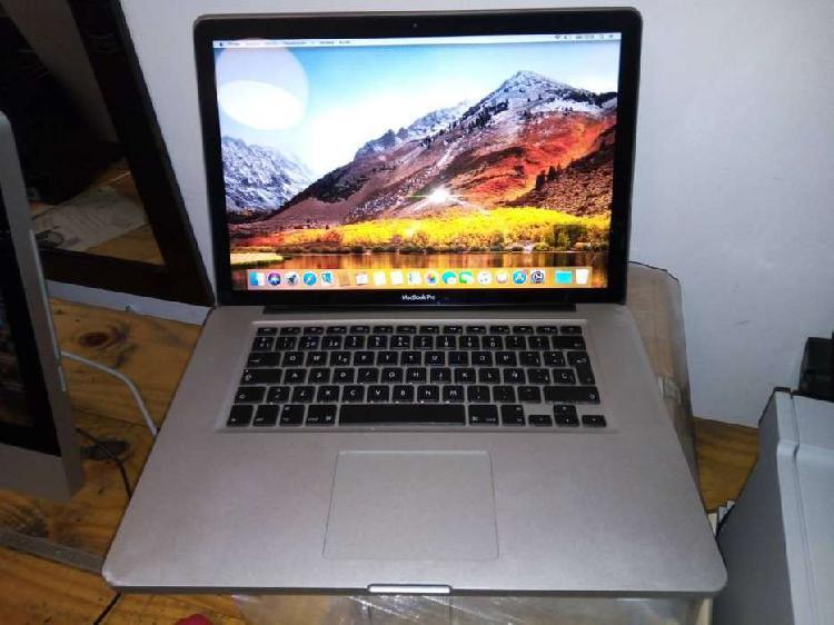 "Apple macbook 15"" core i7 6gb ram disco duro ssd 500gb"