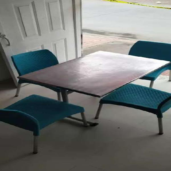 Comedor mesa sillas