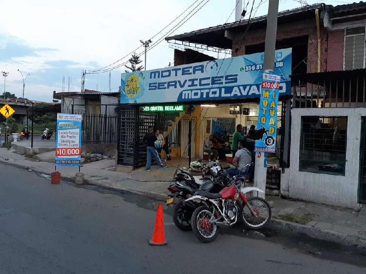 Se vende moto lavado en cali, bien ubicado