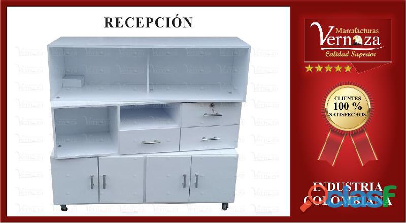 11.recepcion con varios compartimientos color blanco
