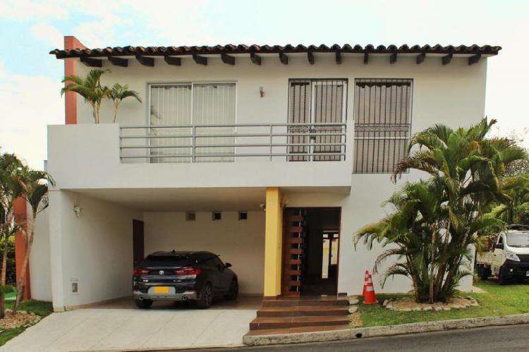 Casa campestre en venta en cali pance codvbsbi12461
