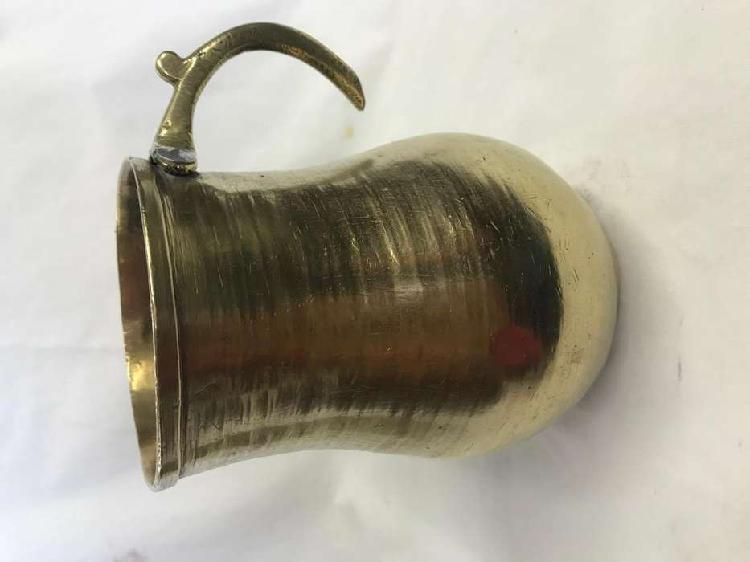 Olleta en bronce x 16 cm altura con soldadura en la base,