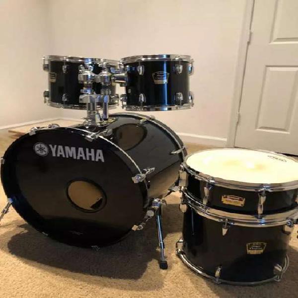 Vendo bateria yamaha stage custom