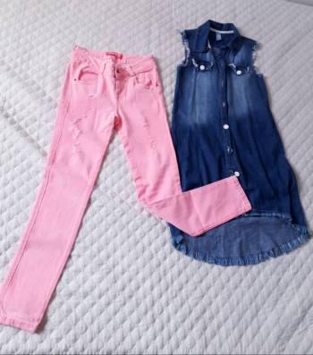 Pantalon + sobretodo en jeans♡