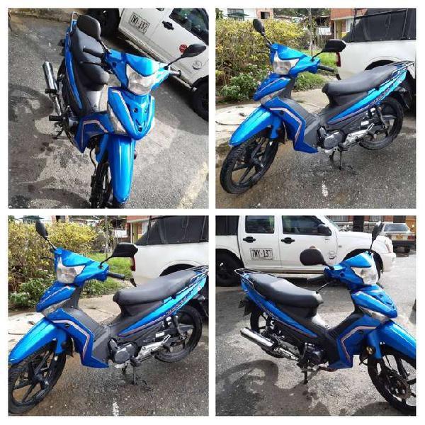 Se vende moto akt especial 110