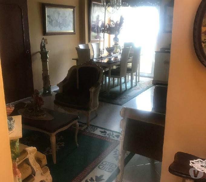 Habitacion amoblada con baño para caballero sector obelisco