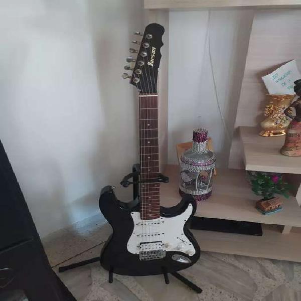 Guitarra eléctrica.. nunk usada