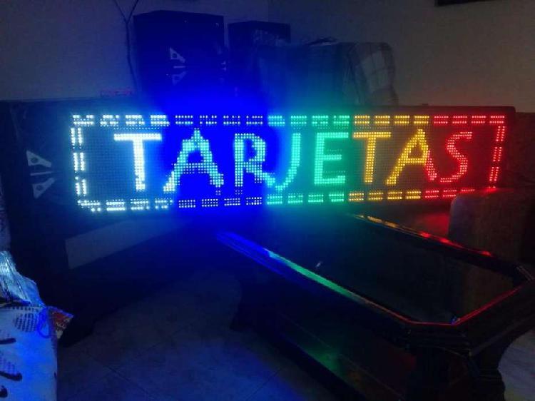 Aviso led programable multicolor de 2.0m x 40cm, usado pero