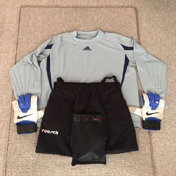 Combo arquero (buzo + pantalón + guantes)
