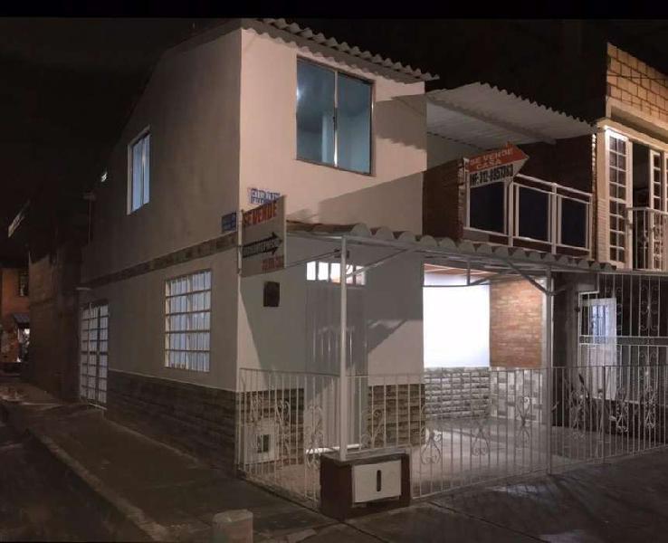 Vendo yumbo hermosa casa esquinera b/nueva estancia