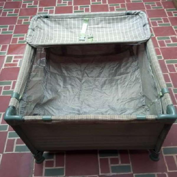 Corral-cuna más cambiador para bebe marca teknum