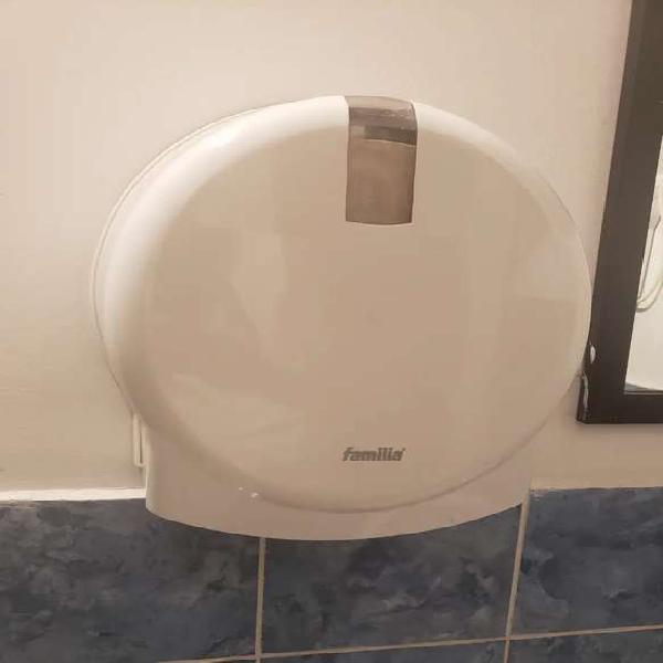 Dispensador de papel higiénico familia