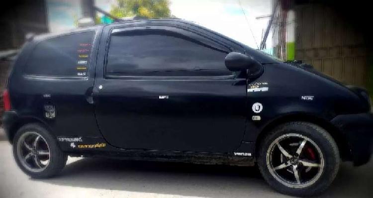 Vendo o permuto carro renault twingo 2009