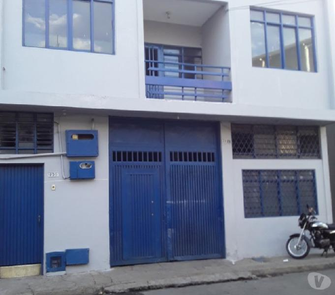 Arriendo casa 2do.piso.barrio alameda