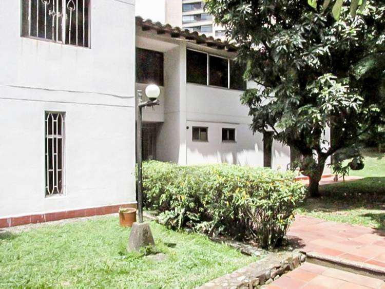 Casa residencial en arriendo poblado sector san lucas. cod
