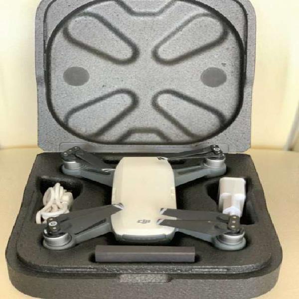 Dji spark drone blanco alpino con control remoto