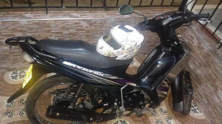 Hermosa moto yamaha cripton modelo 2015 negociable